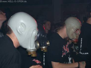 Gasalarm in Giebelstadt ? Bangen mit Gasmaske erfreut sich immer größerer Beliebtheit :-)