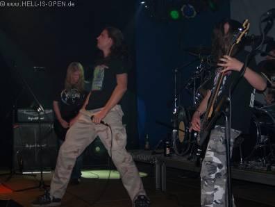 Die erste Band des Abends Mortal Fear