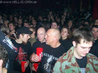 Fans bei Neaera
