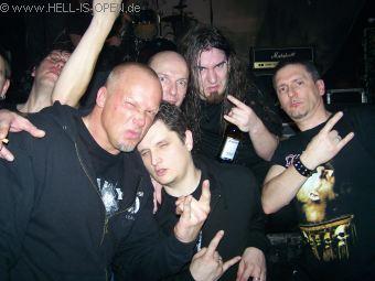 Die halbe Hell-is-Open.de Mannschaft mit JF Degenais von KATAKLYSM