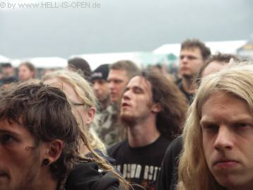 Fans bei LAY DOWN ROTTEN