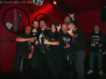 Aftershow party at Bar Monsta Tibo / HIO, Wannes / ASPHYX, Pit / HIO, Paul / ASPHYX, Mitch / HIO, Martin / ASPHYX, Bob / ASPHYX (left to right)