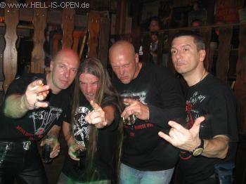 Hell-is-open.de mit Gitarrist Richard Ebisch von LEGION OF THE DAMNED