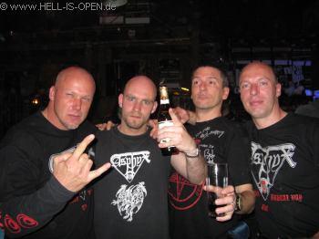 Hell is Open mit Erik Fleuren von LEGION OF THE DAMNED nach dem Gig um 0:28 Uhr